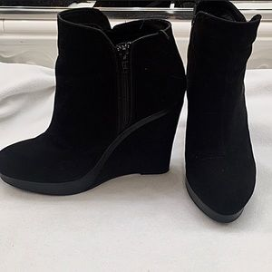 H&M Black Wedge Ankle Boots